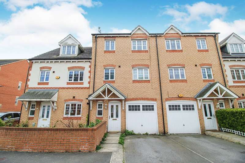 4 Bedrooms House for sale in Redhill Park, Hull, HU6