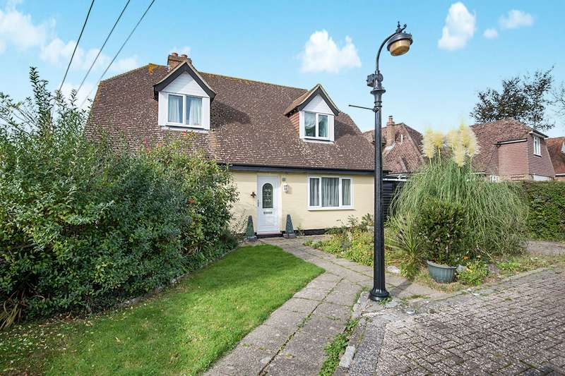 4 Bedrooms Detached House for sale in North Lane, Guestling, Hastings, East Sussex, TN35