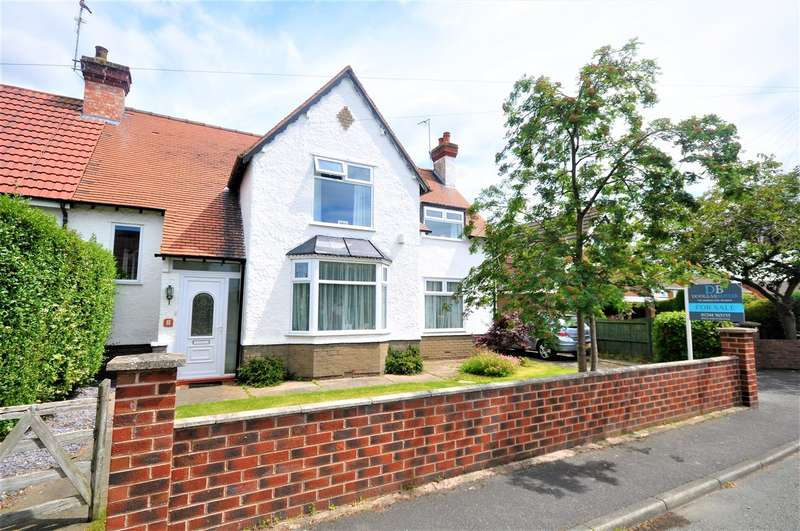 4 Bedrooms Semi Detached House for sale in Willow Drive, Chester