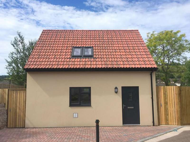 1 Bedroom Detached House for rent in Old Street, Croscombe