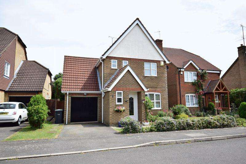 3 Bedrooms Detached House for sale in Danvers Drive, Luton