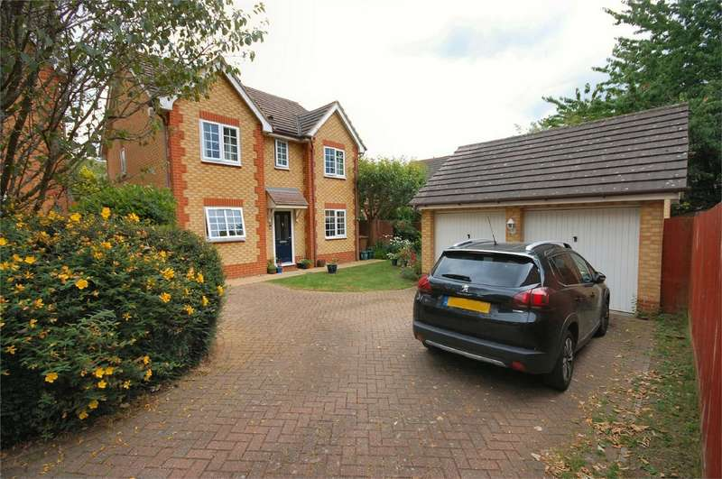 4 Bedrooms Detached House for sale in Creslow Way, Stone, Buckinghamshire