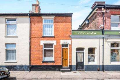 2 Bedrooms House for sale in Portsmouth, Hampshire