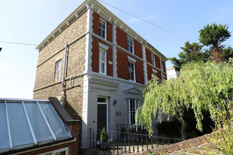 5 Bedrooms Semi Detached House for sale in St. Margarets Street, Rochester
