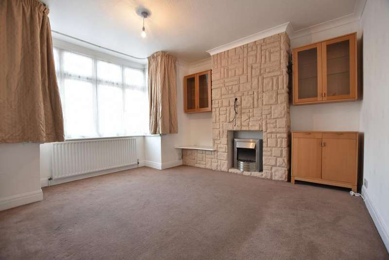 3 Bedrooms House for rent in Canberra Road, Bexleyheath, DA7