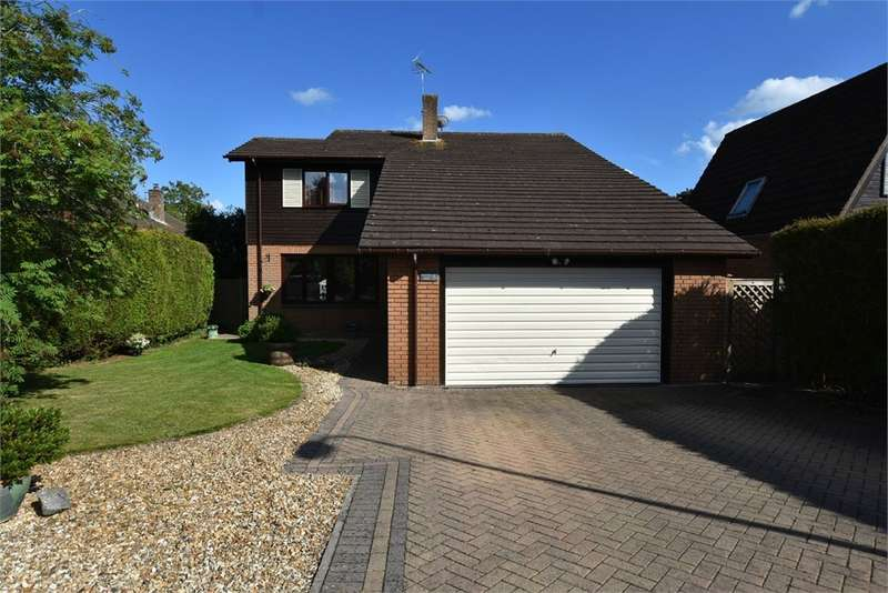4 Bedrooms Detached House for sale in Rickford Road, Nailsea, Bristol, North Somerset