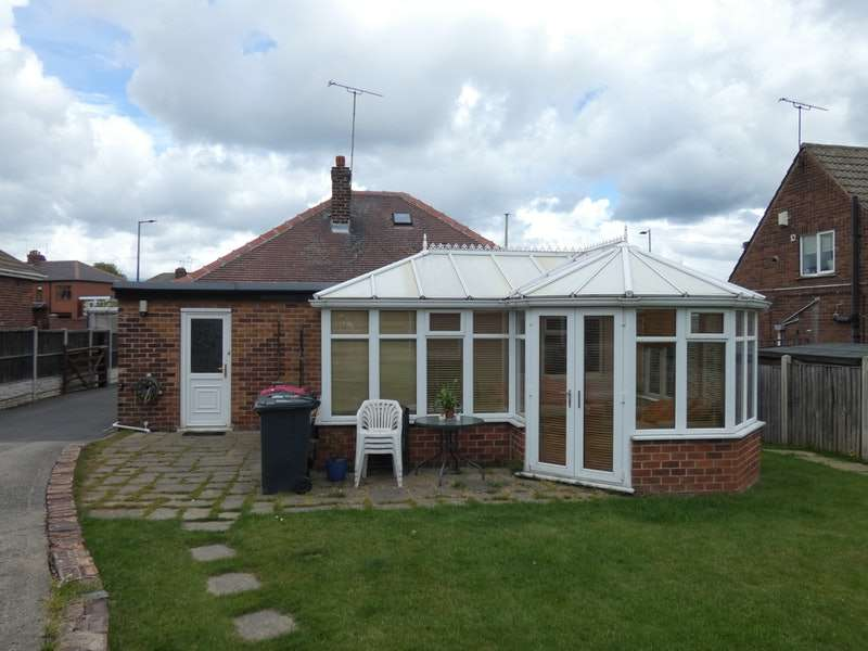 4 Bedrooms Bungalow for sale in Fitzwilliam Street, Swinton, Rotherham, South Yorkshire, S64