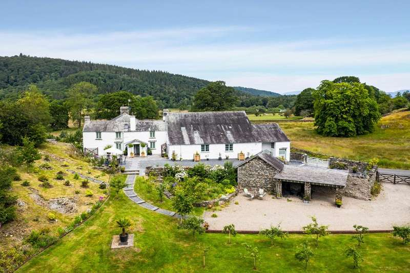 4 Bedrooms Cottage House for sale in Sandfold Farm, Staveley-in-Cartmel, Ulverston, Cumbria LA12 8NH