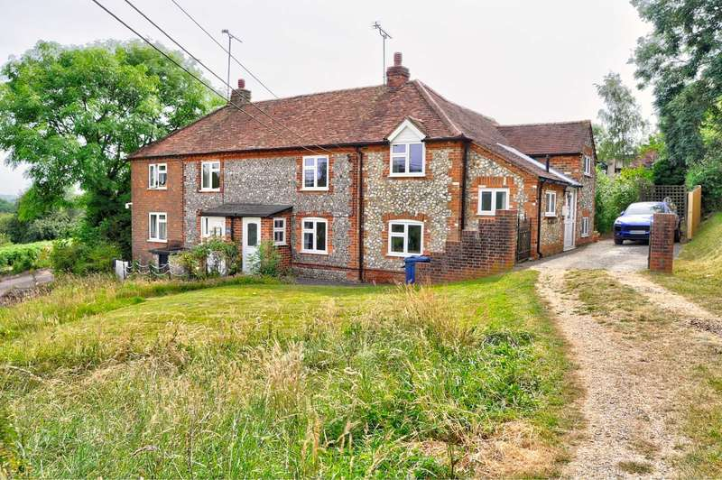 4 Bedrooms Semi Detached House for sale in Wheeler End Common - Stunning Views