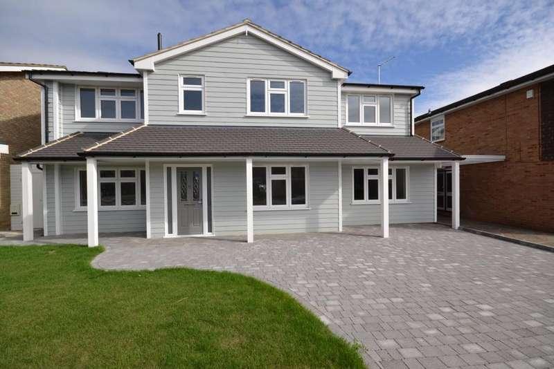 5 Bedrooms Detached House for rent in Wolverhampton Way , IG7