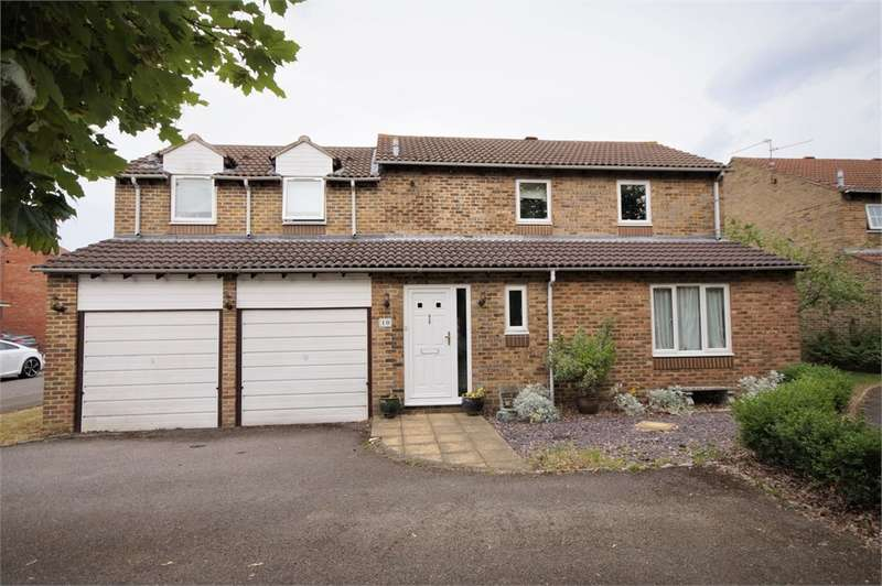 4 Bedrooms Detached House for sale in The Delph, Lower Earley, READING, Berkshire