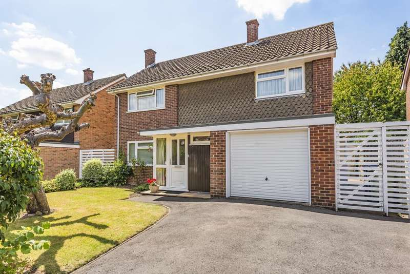 4 Bedrooms Detached House for sale in Greenways Drive, Maidenhead, SL6