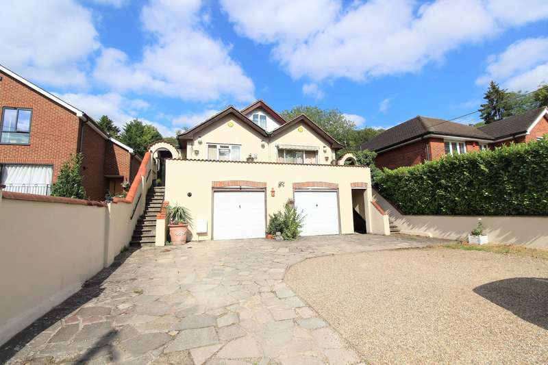 4 Bedrooms Detached House for sale in Marlow Bottom, Bucks