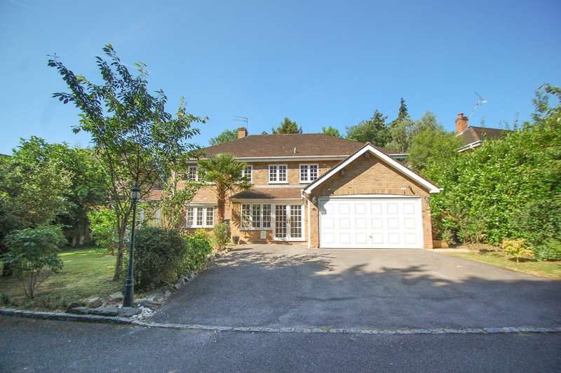5 Bedrooms Detached House for sale in Woodhill Avenue, Gerrards Cross, SL9