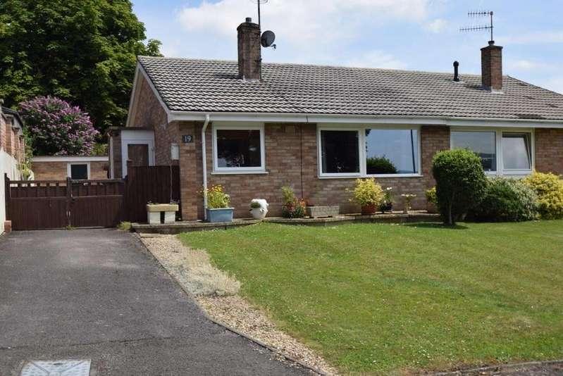 2 Bedrooms Bungalow for sale in Glynfield Rise, Ebley, Stroud, GL5