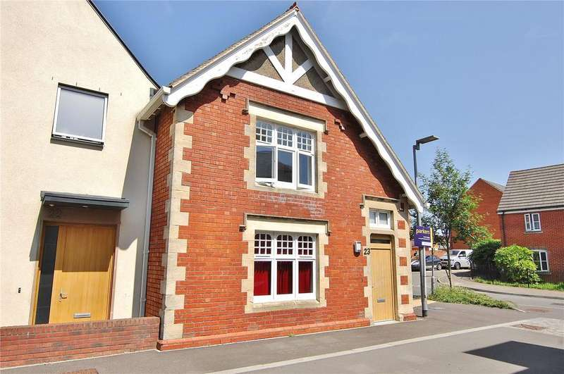 3 Bedrooms Semi Detached House for sale in Old Hospital Lawn, Stroud, Gloucestershire, GL5
