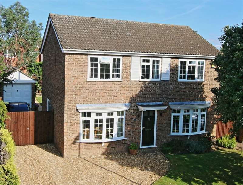 4 Bedrooms Detached House for sale in Great Paxton, ST NEOTS