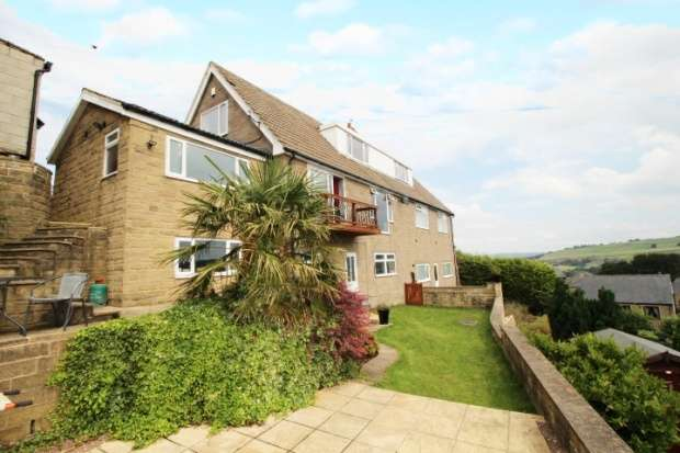 5 Bedrooms Semi Detached House for sale in Blackwall Lane, Sowerby Bridge, West Yorkshire, HX6 2UB