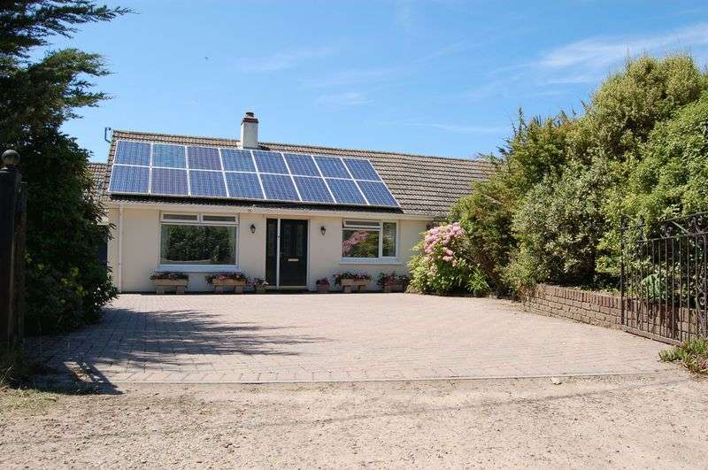 3 Bedrooms Property for sale in Upton Towans, Hayle