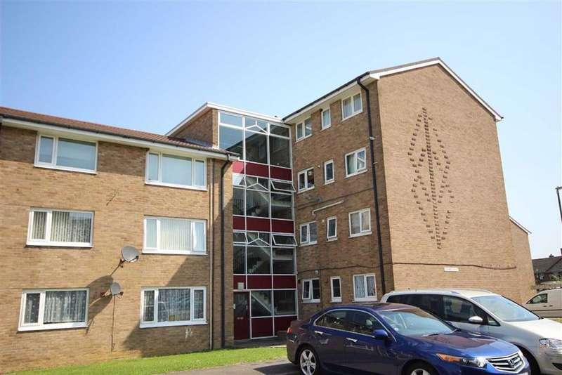 2 Bedrooms Flat for sale in Harrison Road, Shurdington, Cheltenham, GL51