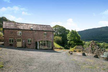 3 Bedrooms Barn Conversion Character Property for sale in Ty Ifa Sunbank, Sun Bank, Llangollen, LL20