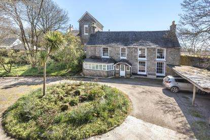 5 Bedrooms Semi Detached House for sale in Penzance, Cornwall