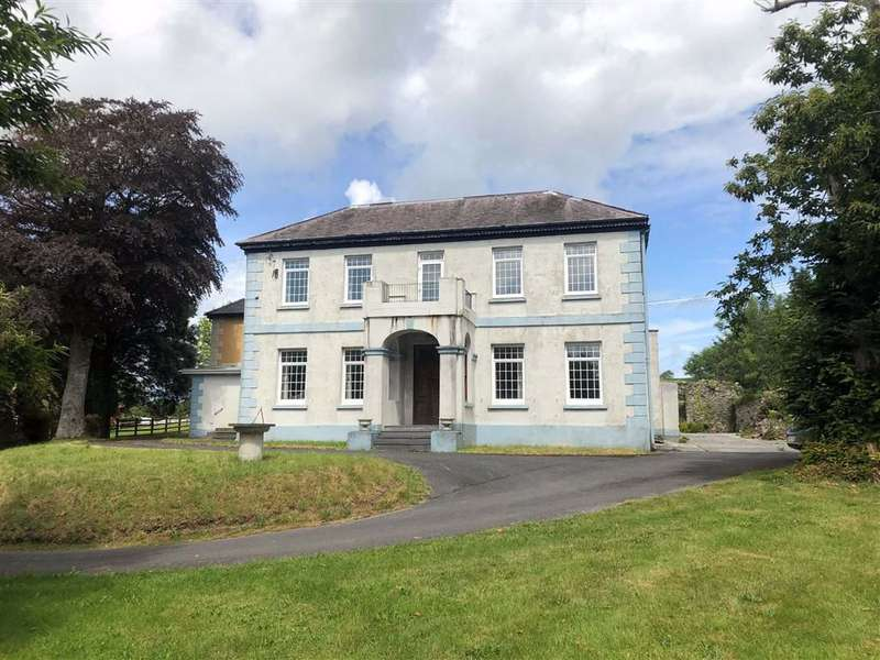 4 Bedrooms Semi Detached House for sale in Antshill, Laugharne