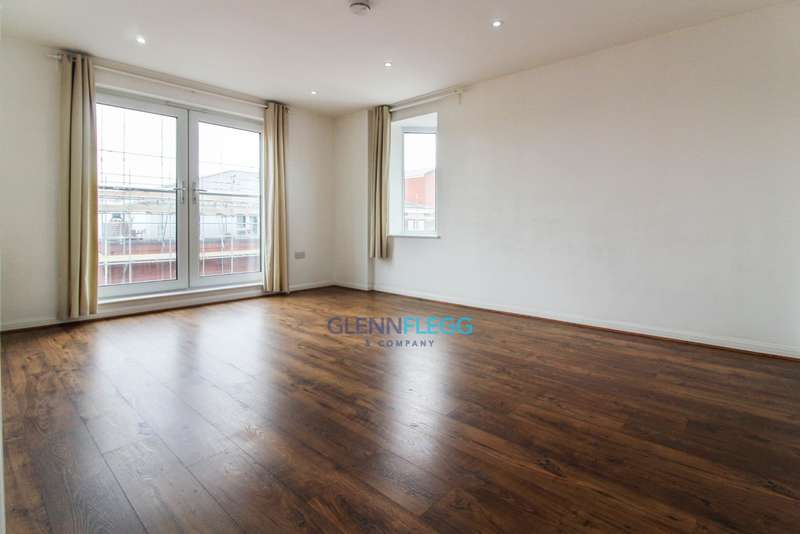 2 Bedrooms Apartment Flat for sale in 2 Bedroom Apartment Next to Slough Train Station - WITH PARKING