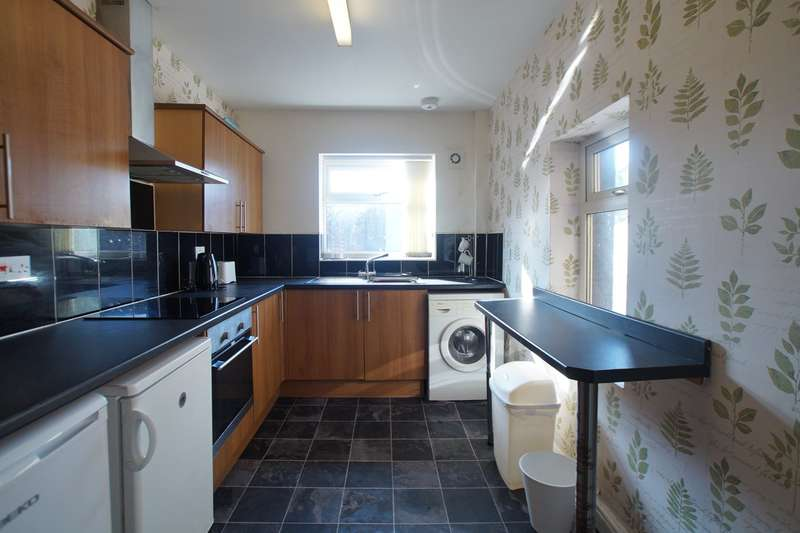 4 Bedrooms Terraced House for sale in Todholes Road, Cleator Moor, CA25
