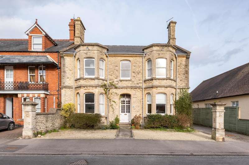5 Bedrooms Detached House for sale in Wimborne House, 91 Victoria Road, Cirencester