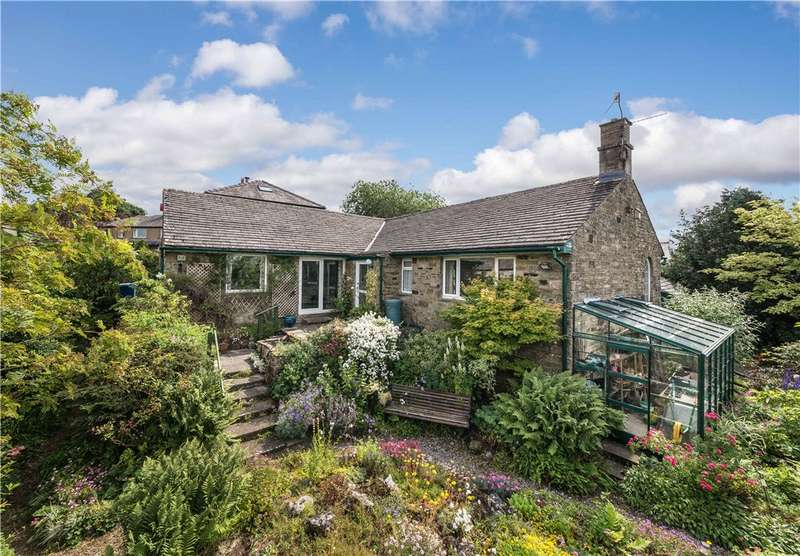 3 Bedrooms Detached Bungalow for sale in The Outlook, Garrs End Lane, Grassington, Skipton