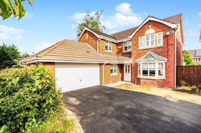 4 Bedrooms Detached House for sale in The Heritage, Leyland, PR25
