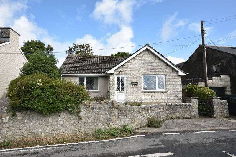 3 Bedrooms Property for sale in Crossways, West Street, Llantwit Major, Vale of Glamorgan