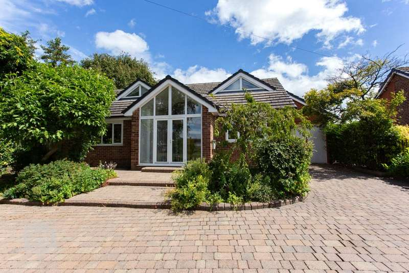 5 Bedrooms Detached House for rent in Warrington Road, Glazebury, Warrington, WA3