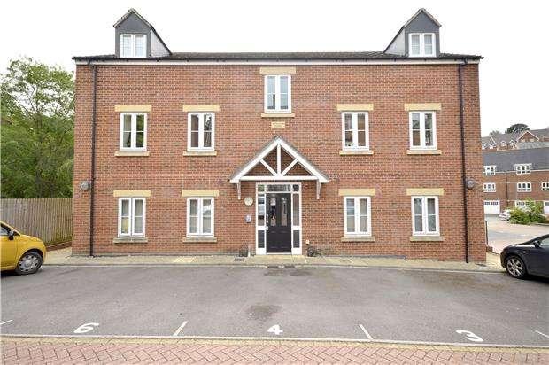 2 Bedrooms Flat for sale in Swansea Villas, Little Mill Court, Stroud Gloucestershire, GL5 1DN