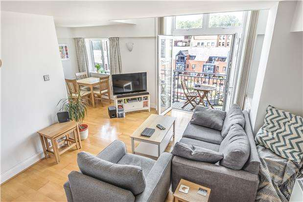 2 Bedrooms Flat for sale in The Mill House, Ferry Street, Bristol, BS1 6HH