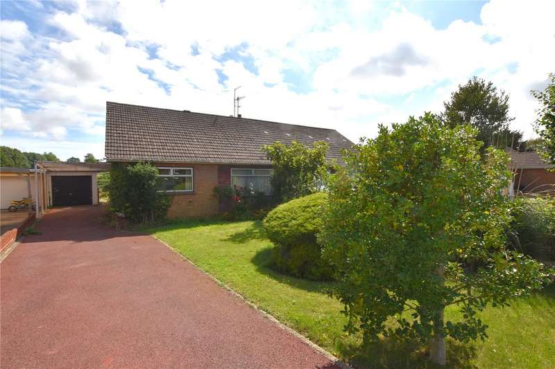 3 Bedrooms Semi Detached Bungalow for sale in Dawn Crescent, Upper Beeding, Steyning, BN44