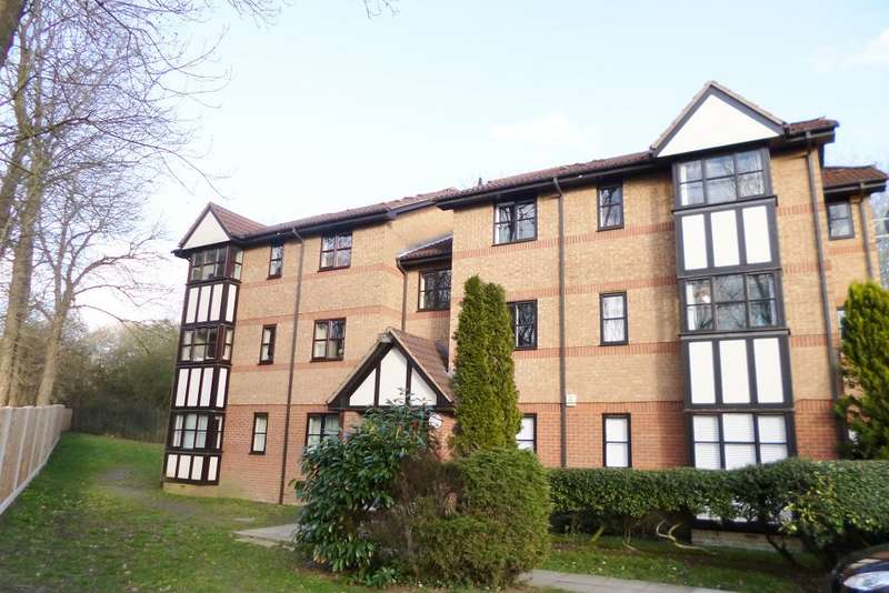 1 Bedroom Flat for sale in Falcon Way, WD25 9AR