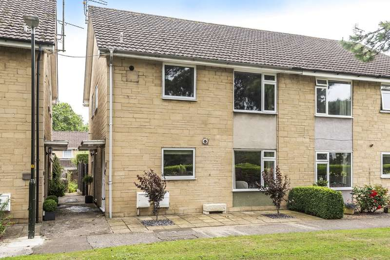 2 Bedrooms Flat for sale in Hereward Road, Cirencester