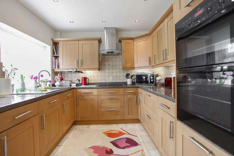 2 Bedrooms Semi Detached Bungalow for sale in Wheat Close, Broadwell, Gloucestershire. GL56 0TH
