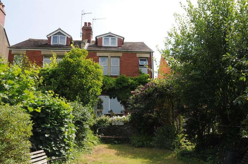 2 Bedrooms Semi Detached House for sale in Belmont Road, Stroud, GL5 1HH