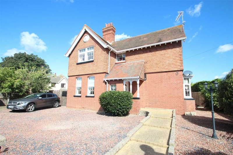 5 Bedrooms Detached House for sale in Holland Road, Clacton-on-Sea