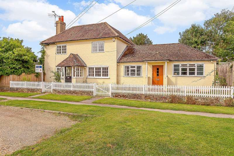 5 Bedrooms Detached House for sale in The Common, Dunsfold, GU8