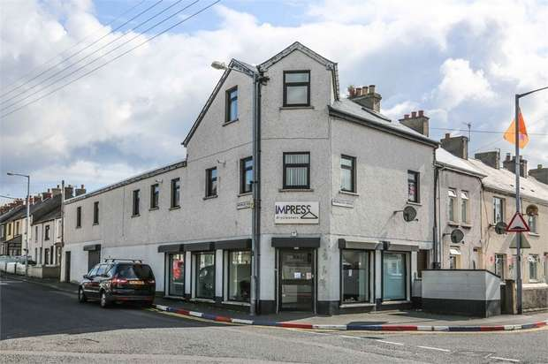 3 Bedrooms Ground Maisonette Flat for sale in Newington Avenue, Larne, County Antrim
