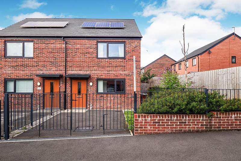 2 Bedrooms Semi Detached House for sale in Radbourne Close, West Gorton, Manchester, M12