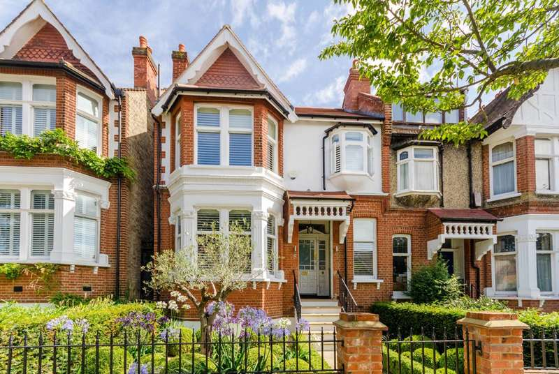 4 Bedrooms Terraced House for sale in Copley Park, Streatham Common, SW16
