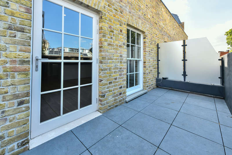 3 Bedrooms Flat for sale in Dalston Lane Terrace, E8 3AH