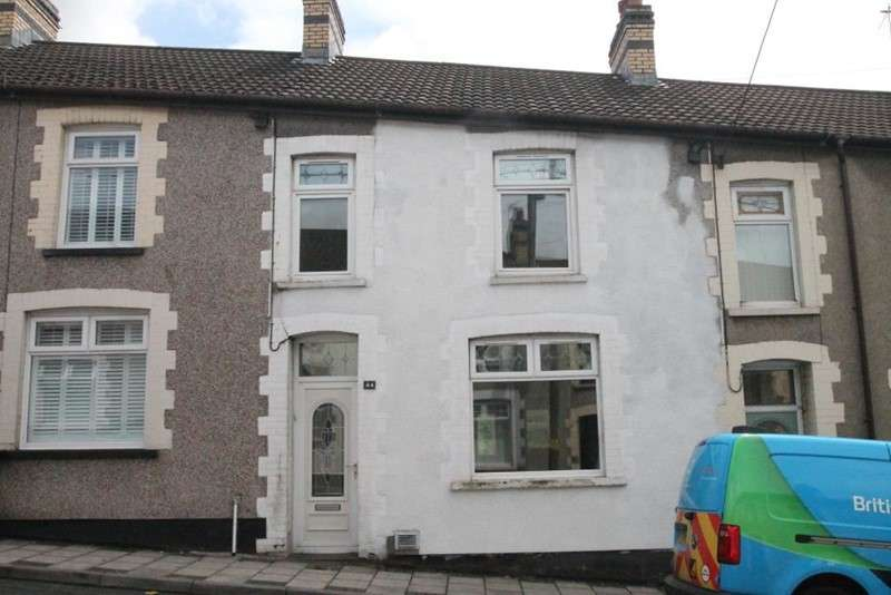 3 Bedrooms Property for sale in Fair View, Blackwood, Caerphilly, NP12 3NS