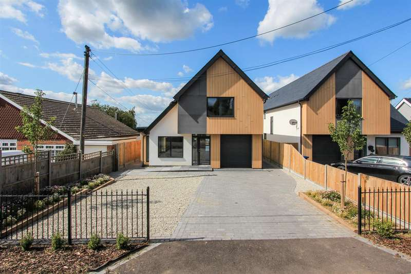 4 Bedrooms Detached House for sale in Dargate Road, Yorkletts, Whitstable
