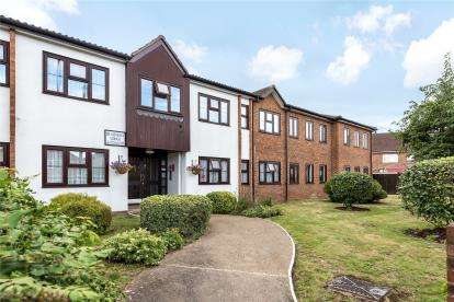 1 Bedroom Retirement Property for sale in Beaumont Lodge, Addington Road, West Wickham